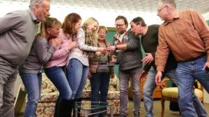 Das Ensemble der Retzer Bühne bei der Gewinner-Ziehung