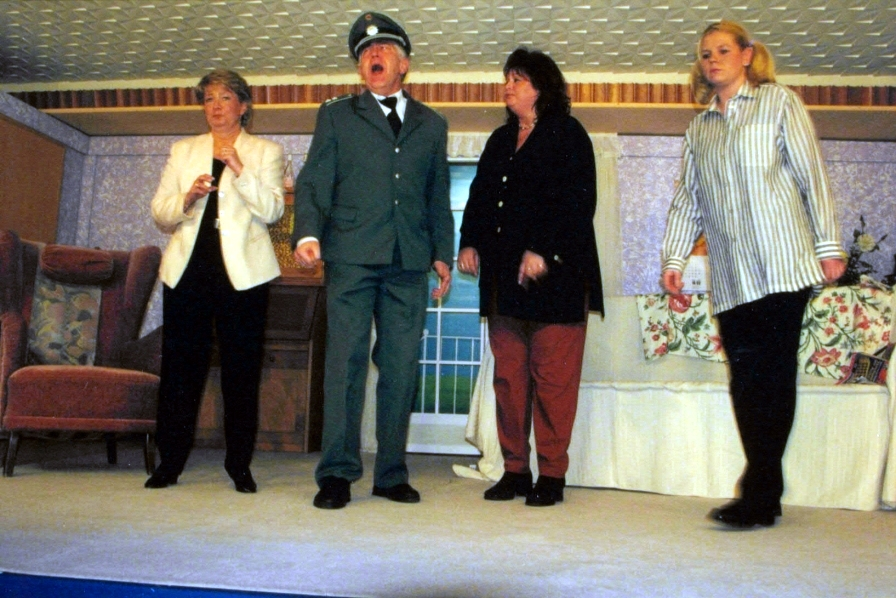 Bühnenstück 2001 – Wohin mit der Leiche
