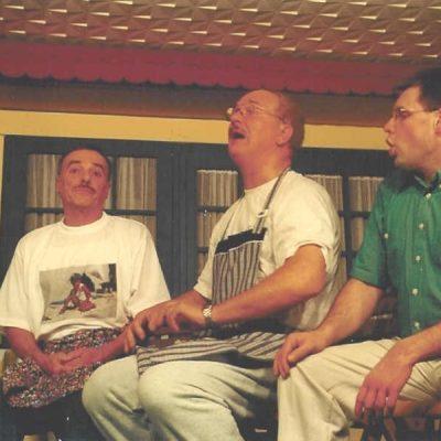 Bühnenstück 2002 – Im Doppelhaus geht's wieder rund